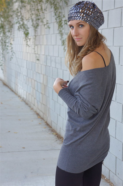 Gray slouchy sweater with leggings