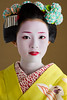 Takahina (John Paul Foster) Tags: red portrait woman green beautiful beauty japan female kyoto asia traditional culture makeup maiko geiko geisha kimono gion tradition elegant elegance ochaya hanamachi kanzashi takahina