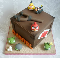 Angry Birds birthday cake (The Designer Cake Company) Tags: bird pig box birthdaycake eggs tnt slingshot catapult angrybirds noveltycake