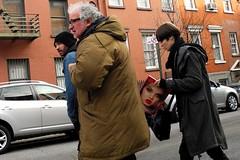 red lips (omoo) Tags: newyorkcity cars girl traffic westvillage streetscene redlips prettygirl greenwichvillage fashionmagazine west11thandgreenwichstreets crossingcitystreet