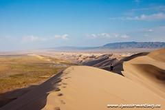 20110926-Tour Gobi-147.jpg (Ignacio Martnez) Tags: sand asia desert arena mongolia desierto gobi wste singingsands mongolei imke khongor khongorinels