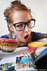 klatsch-liesel (deFormo design) Tags: news cappuccino magazin schock hausfrau skandal zeitunglesen lockenwickler gosspigirl zeitschriftlesen klatschzeitung