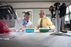 Pharmacogenomics Lab (Drake University) Tags: college students jack student university body ellis science iowa pharmacy health gift anatomy donation drake prevention disease desmoines pharmacogenomics