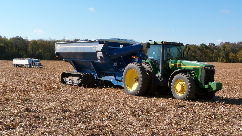 John Deere 8310 Tractor