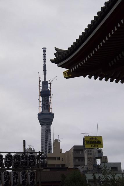 110505_143812_浅草_浅草寺