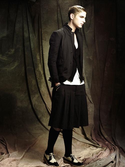 Jesper Larsson0143_GalaabenD SS12 Lookbook(Fashion Press)