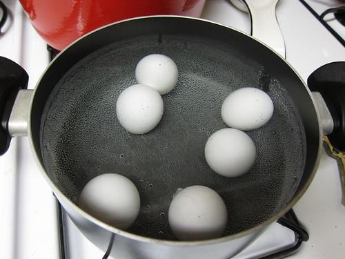 hardboil eggs