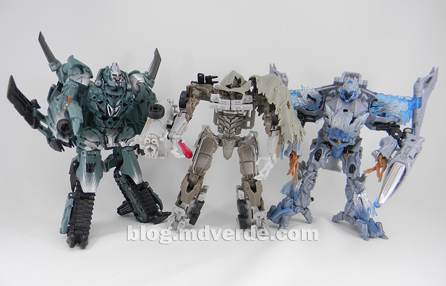 Transformers Megatron DotM Voyager - modo robot vs 2007 vs RotF