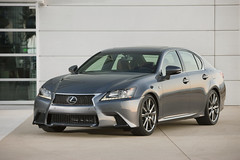 2013-Lexus-GS-F-Sport-10