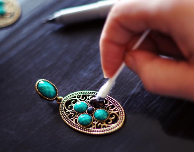 Sharpie Earrings DIY - 2