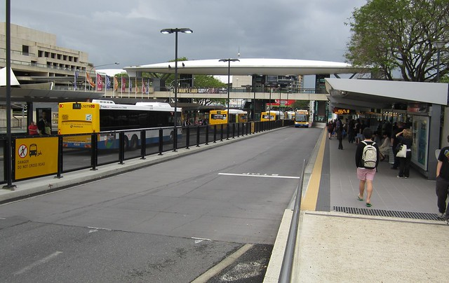 Brisbane Cultural Centre bus way station