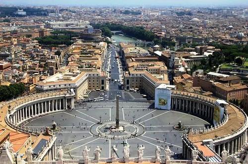 Plaza de san pedro vista desde la Basílica