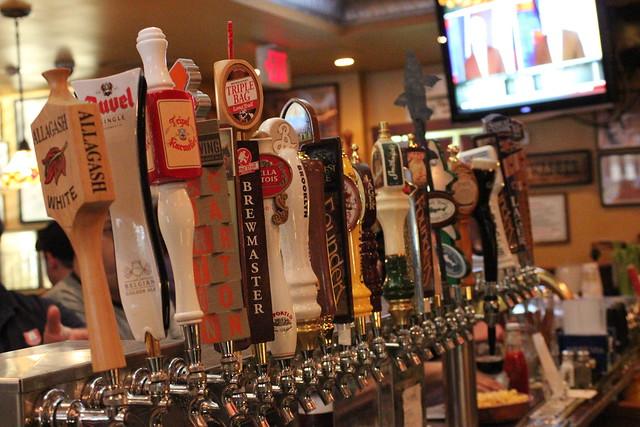 6324333058 a5773e9f43 z Beer Bar   Cloverleaf Tavern