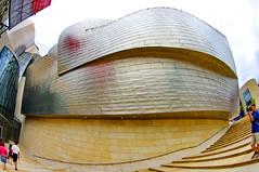 Bilbao, le muse Guggenheim 4 (paspog) Tags: metal spain bilbao guggenheim espagne euskadi mtal spanien guggenheimmuseum paysbasque museguggenheim