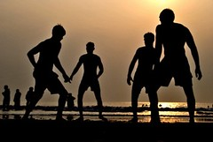 Silhouettes (HattiBoi) Tags: sea people india playing beach silhouette ajay hatti kabbadi