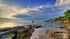 #850C6067- The bay of Batubatu (crimsonbelt) Tags: seascape beach clouds bay hdr balikpapan batubatu melawai