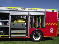 Tasmania Fire Service - Launceston 8.1 (SierraTAS) Tags: blue red rescue truck lights firetruck emergency siren services isuzu firerescue tfs tasmaniafireservice