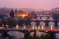 the city awakes (Dennis_F) Tags: city morning bridge light beautiful zeiss dawn lights cityscape prague sony capital bridges prag praha scene tschechien most stadt czechrepublic fullframe dslr brcke fluss vltava lichter 135mm morgens karluv brcken erwachen moldau karlsbrcke 13518 a850 ceskrepublika sonyalpha sonydslr vollformat praguebridges cz135 zeiss135 dslra850 sonya850 sonyalpha850 alpha850 sony135 sonycz135