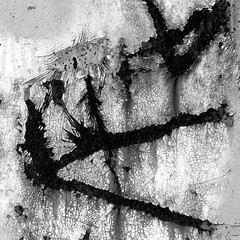 2011-11-21 Exit planet rust II [squared] ([ henning ]) Tags: light bw abandoned canon cutout rust decay bahnhof powershot container scratched wuppertal autumnal henning squared g11 2011 mirke mhlinghaus mirker muehlinghaus