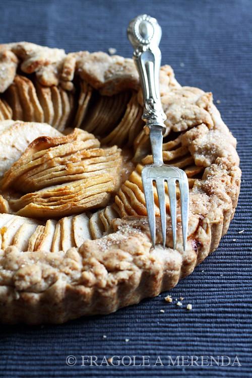 una semplice torta di mele