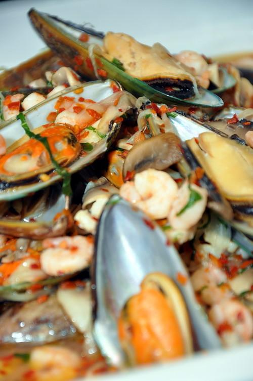 Seafood Aji-Lio