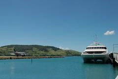 Aro - port (auvol) Tags: sea coral ferry island islands harbor boat airport hamilton australia whitsundays airbus queensland jetstar runway a320 australie le hti aroport vhjql ybhm