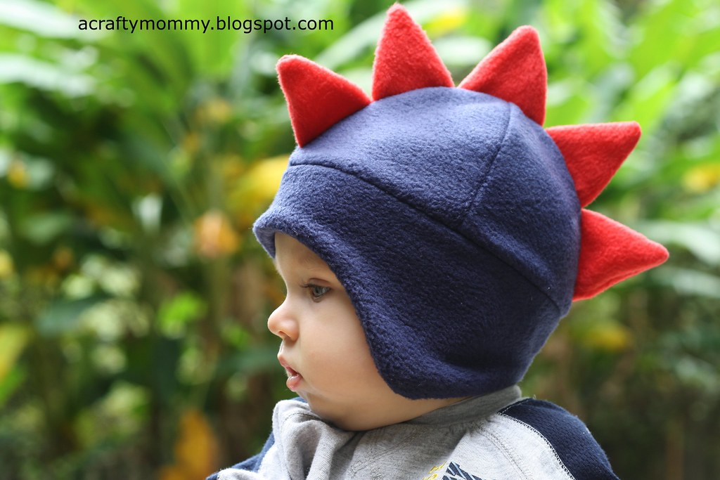 STITCHED by Crystal: Tutorial: Dino hat