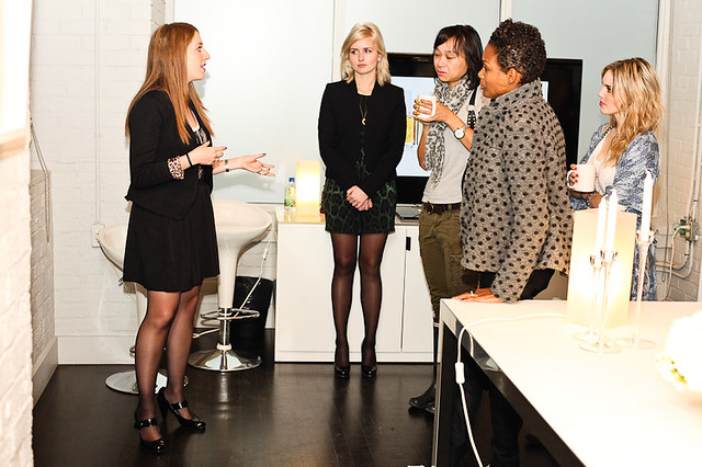 essie Canada expert, Laurel Thomson (centre) at the Luxe Effects launch