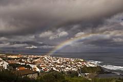 Chasing rainbows... (Joe Taruga) Tags: ocean clouds geotagged rainbow nuvens arcoris maia azores oceano willienelson aores smiguel ribeiragrande paulwilliams jorgecardoso geo:lat=3783369418385925 geo:lon=2538073725555421