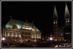 Bremer Marktplatz (Nicol Palmeri) Tags: canon germany deutschland dom platz bremen rathaus marktplatz germania 500d bremer brema