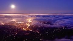 The Unseen Sea on Vimeo by Simon Christen (JAG_iv) Tags: ocean sanfrancisco california city sunset sea moon fog skyline night clouds timelapse vimeo waves glow fullmoon moonrise bayarea moonset unseen theunseensea vimeo:id=15069551