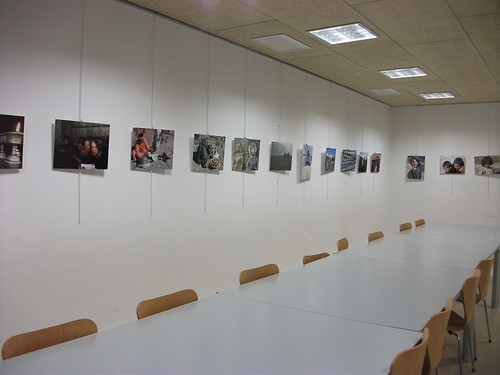Imatges de les exposicions a la biblioteca by bibliotecalamuntala