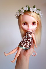 Hold onto your Blythe