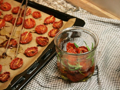 slow roasted tomatoes with rosemary in oil