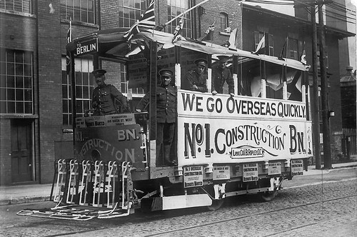 toronto-streetcar-world-war-I