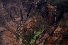 Waimea canyon waterfall (freezin', eh?) Tags: november usa canon airplane hawaii waterfall canyon valley kauai redrocks waimeacanyon 2011 airventures canon50d mentorseriesworldwidetreks