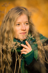Christina (Laenulfean) Tags: wood autumn fall girl beautiful beauty leaves forest outdoor availablelight christina foliage shooting