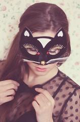Francesca Semenza - Foto di Gloria Marigo (Francesca Semenza) Tags: cats fashion mask francesca bow pois introspection semenza francescasemenza gloriamarigo