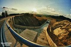 Lechago Water Reservoir fisheye view (guailon79) Tags: light summer espaa sun fish pez eye sol water miguel angel rural de ojo countryside photo high spain construction agua day sony rando perspective young pantano dia reservoir fisheye spanish verano construccion aragon perspectiva alpha miguelangel range alto obra teruel hdr gomez presa espaol ngel ojodepez dinamico gmez dinamic aficionado rango ojopez lechago sonyalpha ruralphoto a580 turolense calamochino miguelangelgomez miguelangelgomezrando sonyalphaa580 ruralphotobygomez