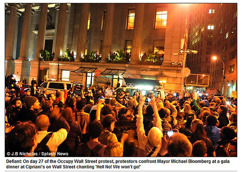 NYC Mayor Michael Bloomberg orders Occupy Wall Street protesters out to clean up 'unsanitary' park - Mail Online 2011-10-14 04-10-16