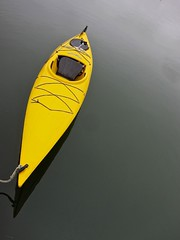Solo (NorthIsUp) Tags: boat kayak maine boothbayharbor 60225mm canons95