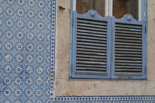 lisbon - tile w/shutters