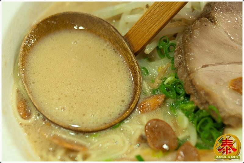 2011.10.12 西湖市場飛龍拉麵-豚骨家-21