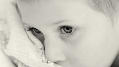Trost (hakkehorn) Tags: bw children child sony kinder kind augen tamron90f28 a55 porträt nikfilter silverefexpro2 alphaslt