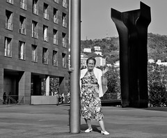 NIRE AMA /  MY MUM / MI MADRE EN BILBAO 2011 (www.eduardoeduardo.com) Tags: woman love amor country mother mami bilbao mum mature ama basque vasco eduardo madre pais gavina cario maraon llodio laudio maranon amatxu gavia