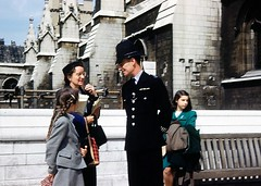 Cannon Row Police Officer Outside St Stephen's Entrance, Houses of Parliament (Palace of Westminster), London, SW1, UK. Circa Late 1950's/ Early 60's (sgterniebilko) Tags: uk usa london police parliament tourists 1950s 1960s metropolitan palaceofwestminster alphadelta housesof ststephensentrance cannonrowpolicestation