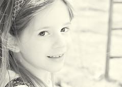 ein kleines Lacheln (hakkehorn) Tags: child a55 querformat portrat nikfilter sal50f18 silverefexpro2 alphaspreewald ausflugfamilienwochenende