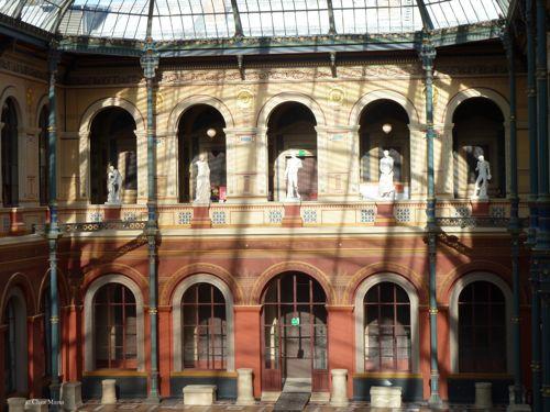 Palais-des-etudes-cour-vitree1