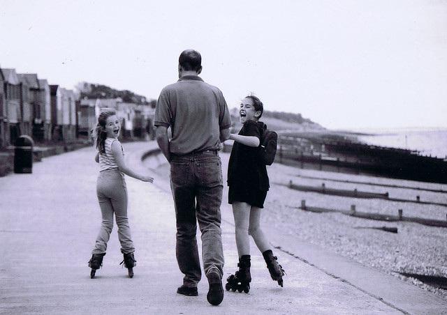 whitstable rollerbladers (from a print 2001)