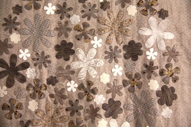 top colcha bloques- detalle aplicación flores